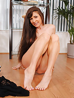 Experienced cougar Alexandra Silk flaunts her big tits and plays with her pussy